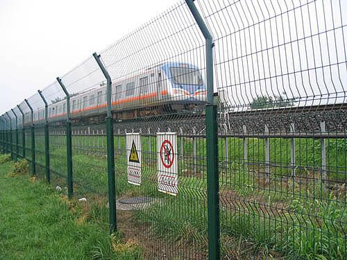 铁路围栏网案例3.jpg